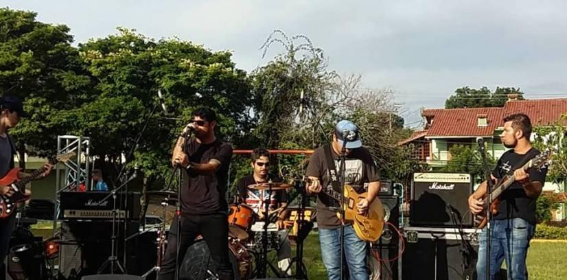 Banda Six