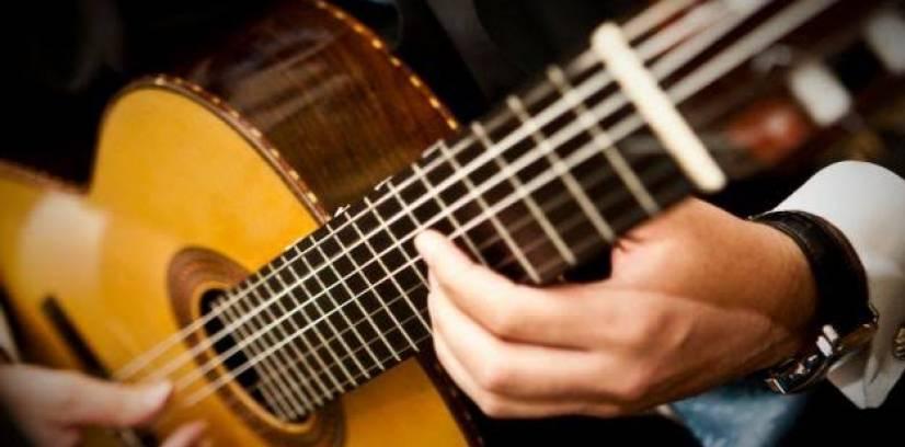 Italo - voz e violão