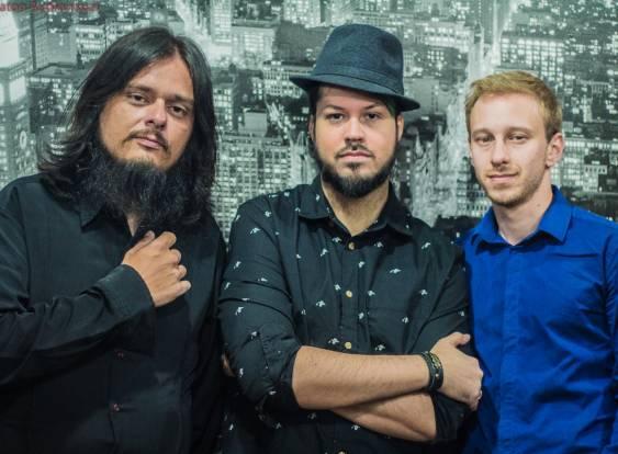 Social Rock Band