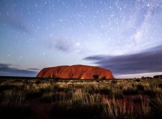 Uluru: um iceberg no meio do deserto